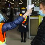 加国防疫-最早戴口罩的华裔怎么样了?