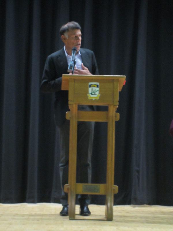 加拿大勞工議會(CLC)主席Hassan Yssuff  為主講嘉賓,他重申工人積極參與工運的重要性
